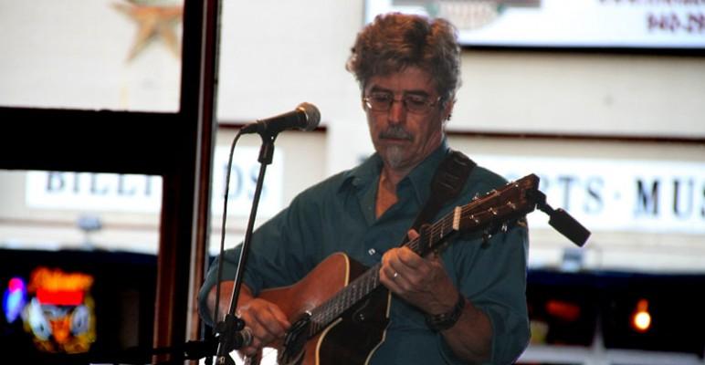Bruce Balmer Solos at Banter